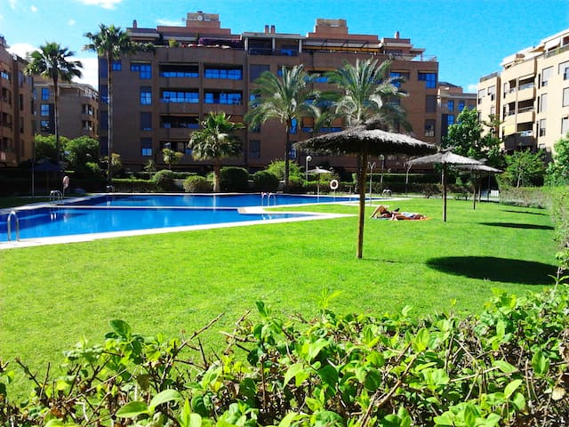 ART LOFT+POOL+GREEN AREA+WIFI+PARKING+SUN+BRIGHT++ - Valencia - Lejlighed