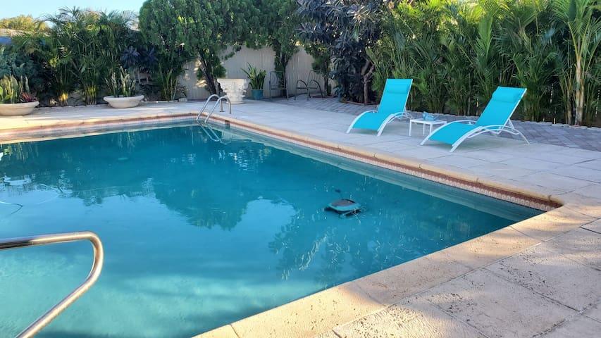 Blue Lagoon in Palm Beach Gardens