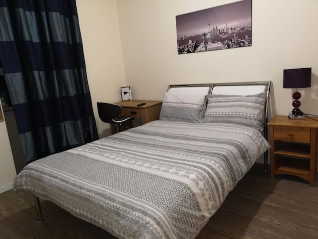 Comfortable en-suite double room