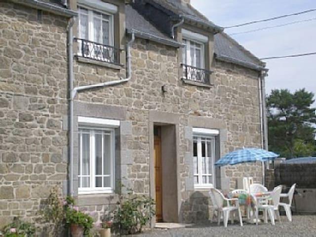 Maison bretonne en Ille et Vilaine - Saint-Coulomb - Casa