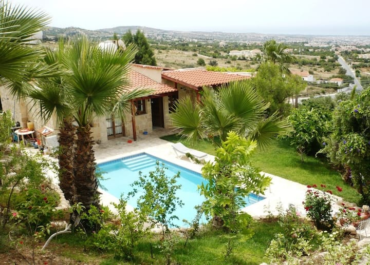 cyprus holiday home / house adonis