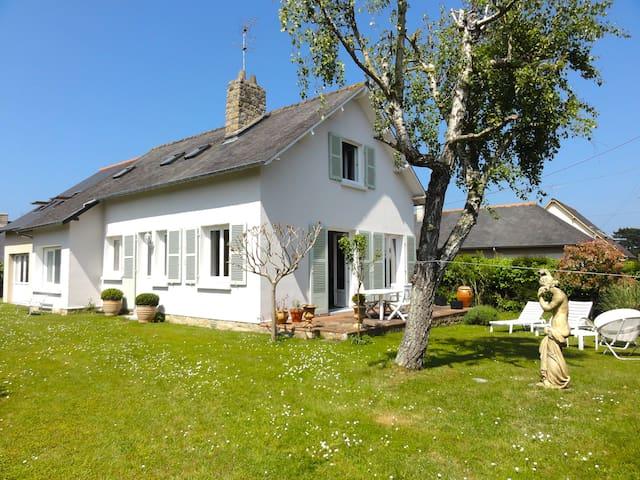 Chambre à 100m à pieds de la plage - Saint-Lunaire - Casa