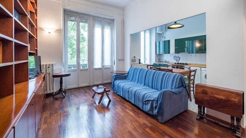 Comfy and Bright 1 bedroom flat close to metro