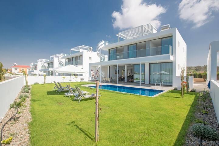 Cyprus In The Sun Villa Nissi Pearl 4