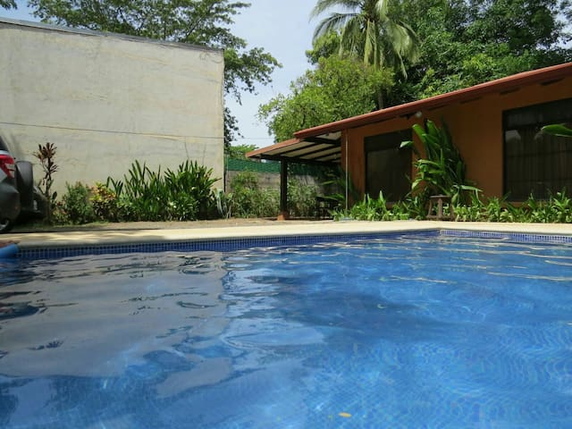 Casa16pers,piscina,125mdeplayaycent - Coco - House