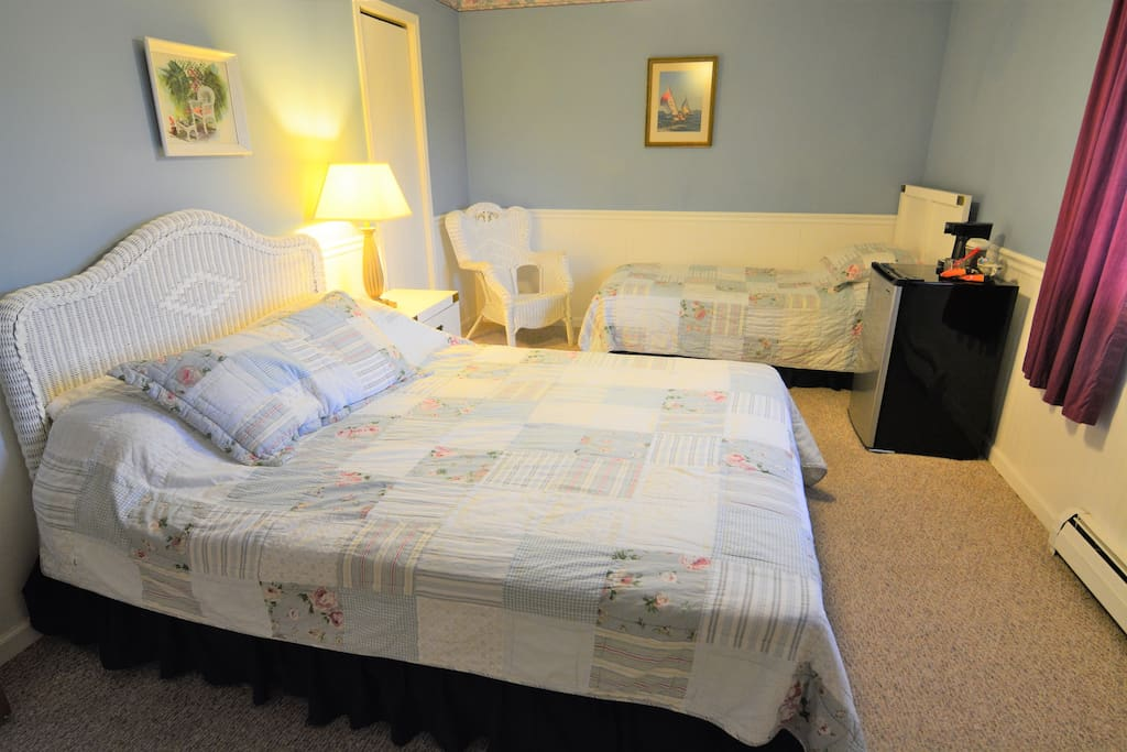 Your private room includes a queen bed and a twin bed, along with the private bathroom. Your window has a view of our barn.
