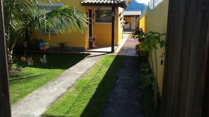 Linda casa com piscina e wi-fi em Itaipuaçu/Maricá