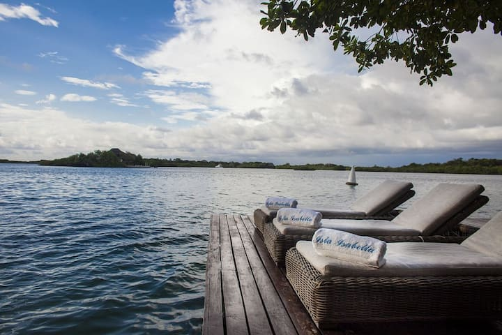 5 Bedroom Private Island in Rosario