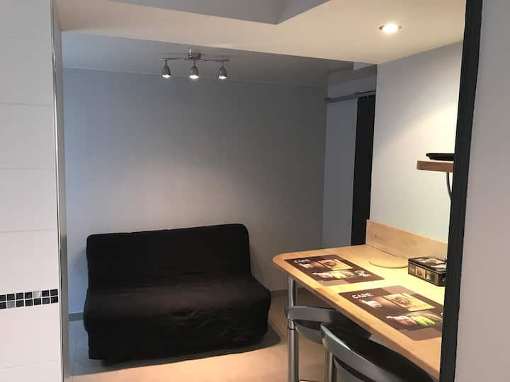 Studio n°3, proche du centre ville et gare