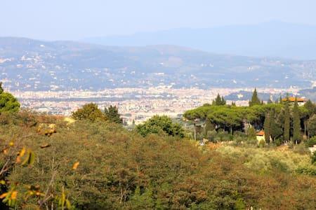 "Agriturismo San Lorenzo ""Alba "" - Lastra a Signa"