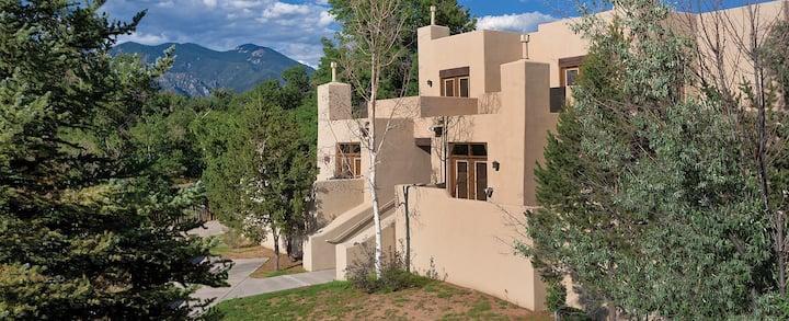 1 BR condo in Taos NM