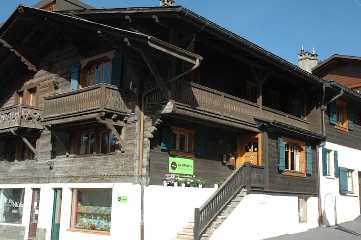 La Griotte, Mountain Chalet -Room 3