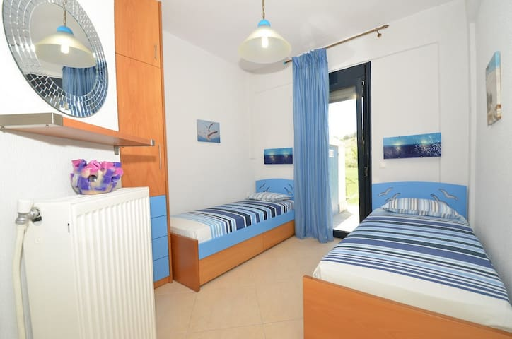 Villa Kalandra's guest room