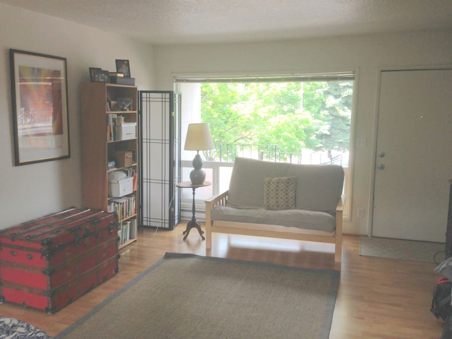It's a cute apartment of about 750 square feet. Wood floors.
