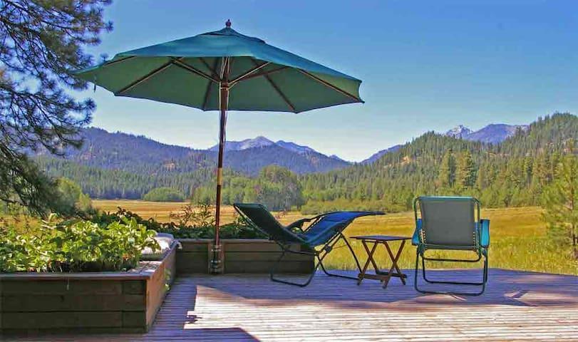 Spectacular Camas Meadows Eco-Lodge - Leavenworth - Kisház