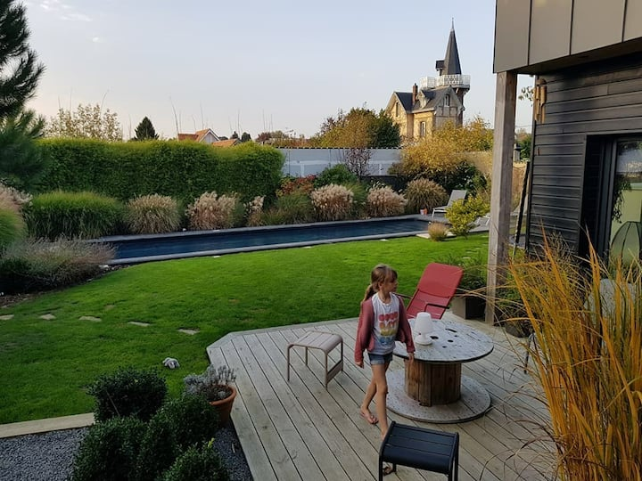 Belle maison avec piscine en Normandie (Rouen).