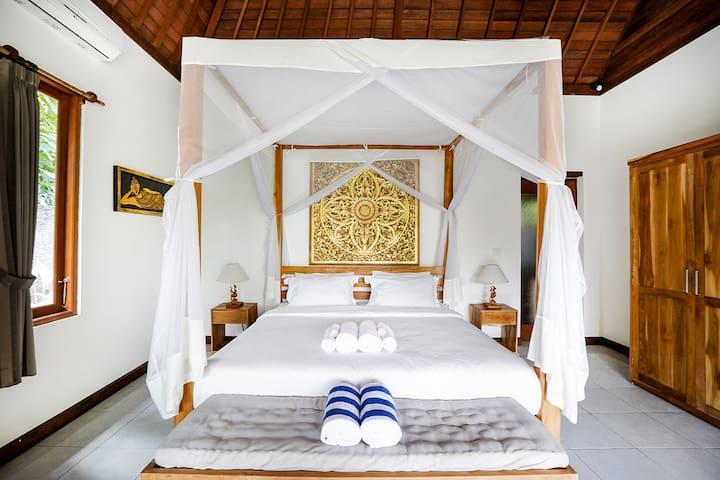 Sunny Luxury Private Ubud  Bedroom