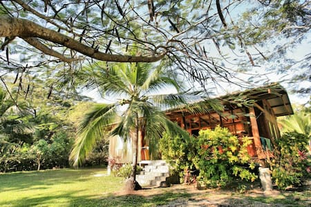 Casa Teca - BEACHFRONT Home