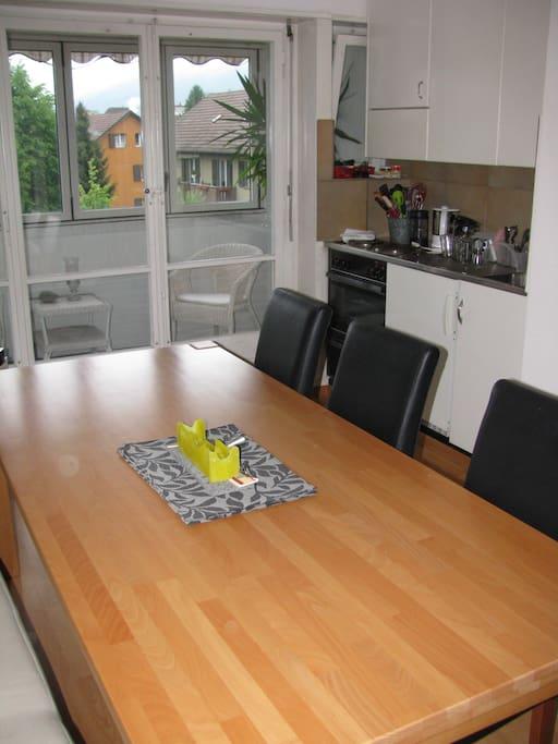 Die Küche ist bestens ausgerüstet mit allem was du/ihr während eures Aufenthaltes braucht.
