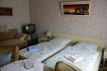 Eines unserer Doppelzimmer/one of our double rooms