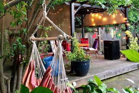 East Sac Cottage: The Best of Both Worlds