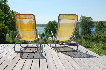 Swedish Summerhouse with Lake View - Tranås - Hus