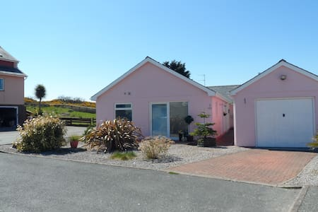 By the Beach & Golf Course Pwllheli