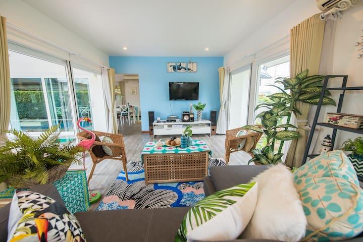 [V_SB_1] 4BR BEACH HOUSE