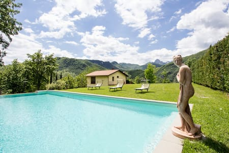 Villa in Tuscany, Lucca (7 sleeps) - Province of Lucca