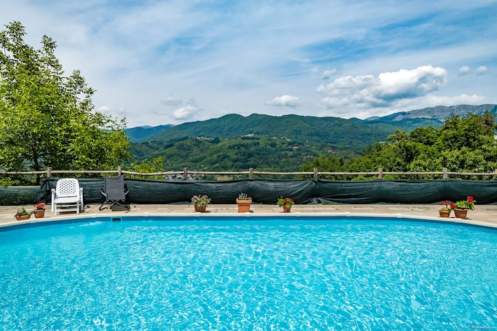 FAMILY House with big POOL  in TUSCANY!!