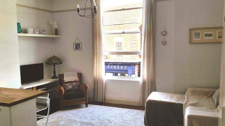 Beautiful centrally located flat in the old town