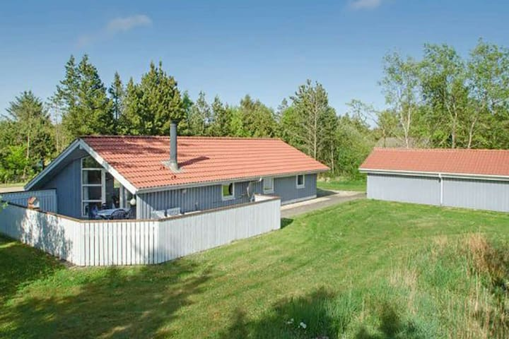 Classic Holiday Home in Nørre Nebel with Sauna