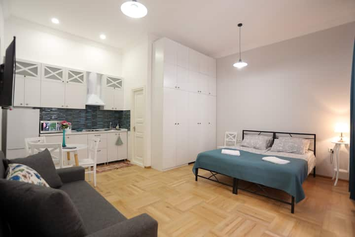 White Apartment in Old Tbilisi