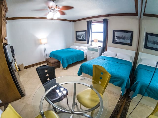 Hollywood beach resort Studio 671