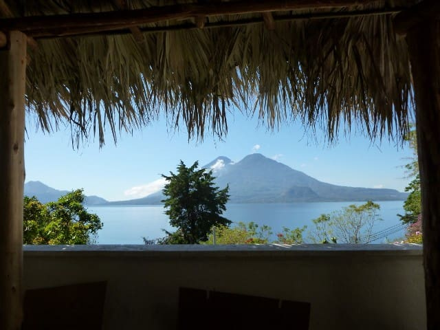 Apartment on Lake Atitlan 1.5 miles to Panajachel - Panajachel - Byt