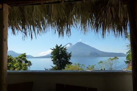 Apartment on Lake Atitlan 1.5 miles to Panajachel - Panajachel - 公寓