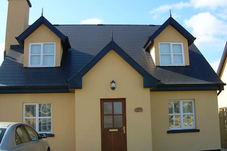 Charming house in St Helen's Bay - Rosslare Harbour
