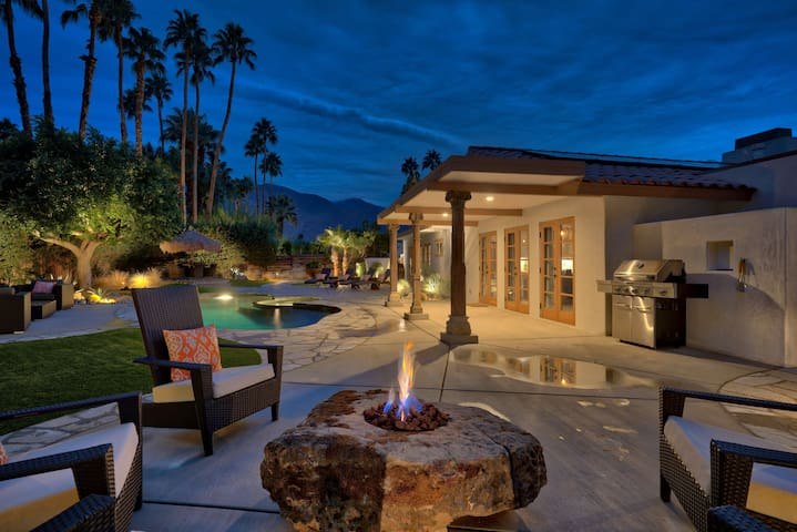 Private Desert Oasis - Luxurious & Modern - Palm Springs
