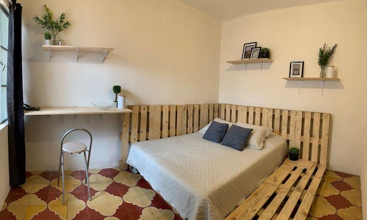 Cozy Room in the Trendiest Hood Z4
