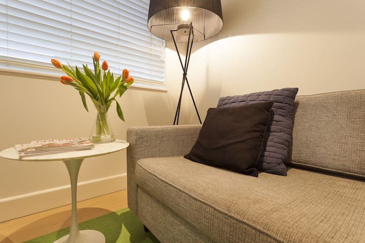 Elwood Beach Apartment -Modern Apt  - Elwood - Apartament