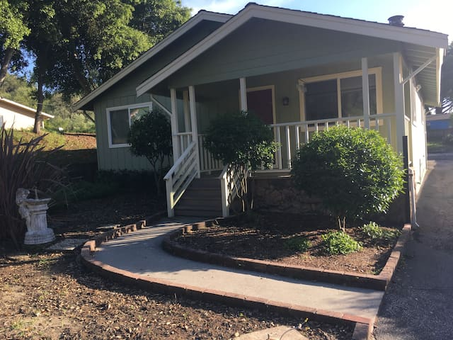 Family Fun House. Great location. Girls Getaway. - Scotts Valley - House