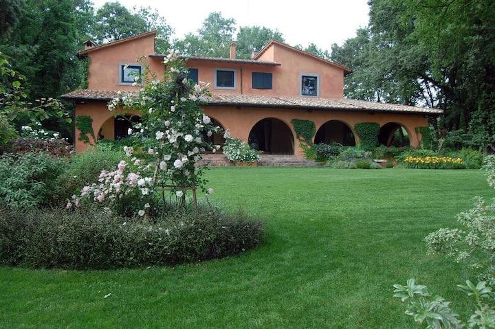 In villa Beyond the Garden  la Suite Hydrangea
