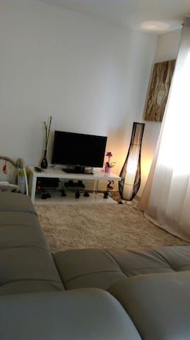 Grand appartement à 5 mn de Perpignan avec parking - Saint-Estève - Apartament