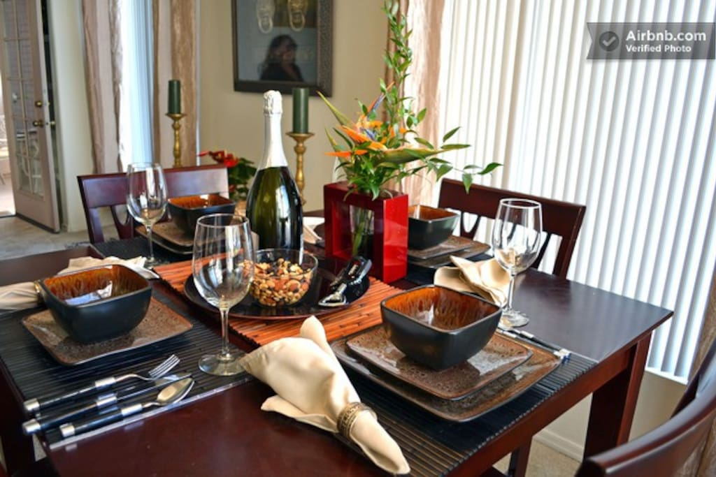 Dining table for 4 guests