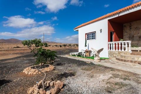 Rural Apartment Casa Suárez with Terrace, Mountain View & Garden; Parking Available.