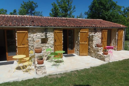 3 chambres d hotes 2 p - Bach - Bed & Breakfast