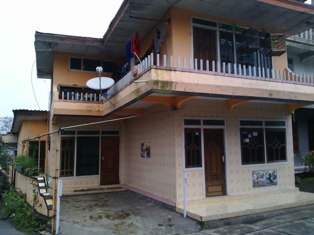Villa of mountain bromo, natural - probolinggo/sapikerep - Huis
