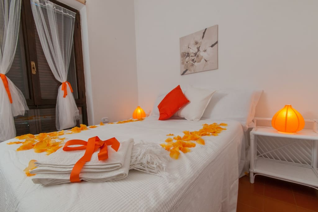 Orange Room - curtains, bath towels, lamps & happy pillows