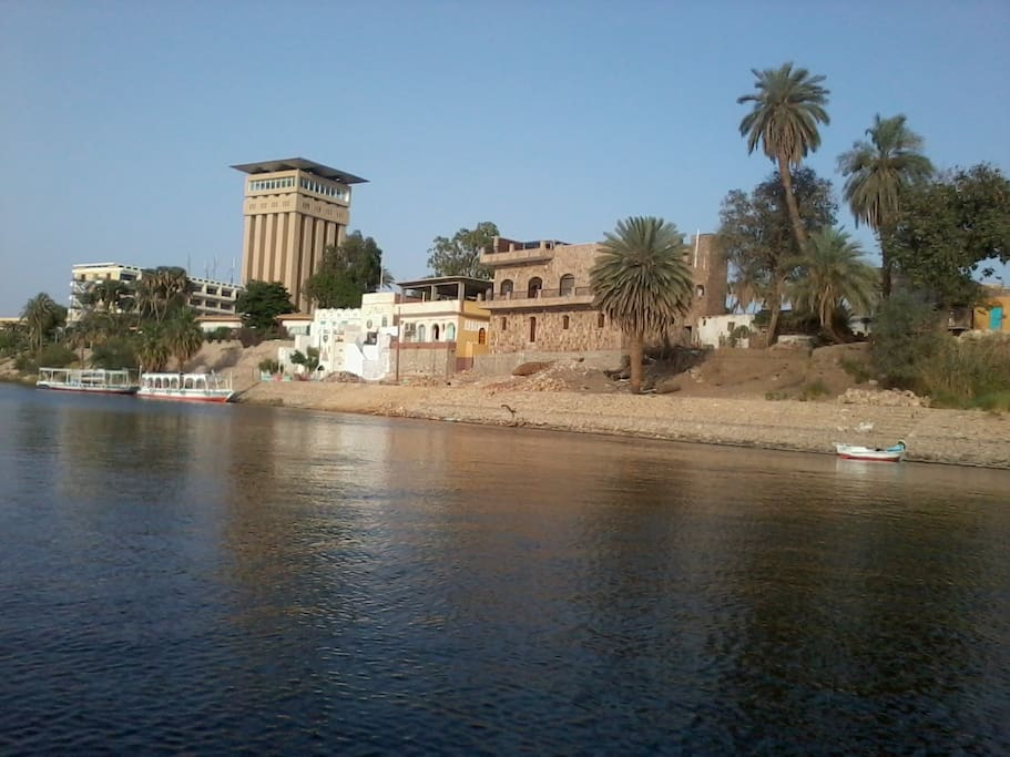 The house, direct on the Nile with a fantastic view