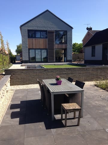 Comfortable,modern&luxurious house - Oosterstreek - Ház